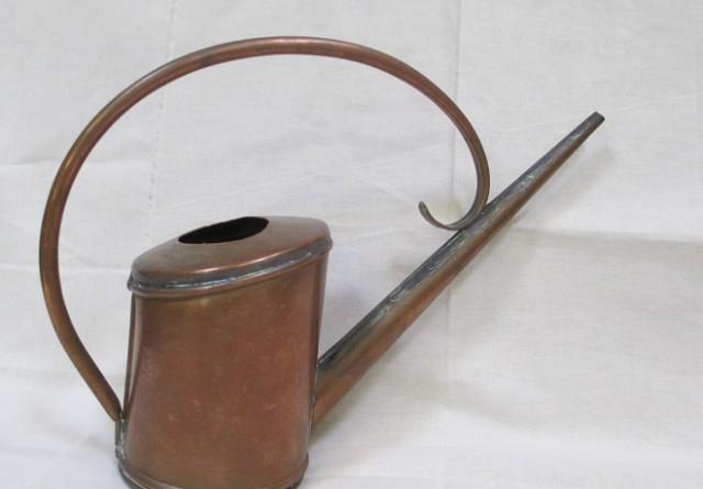arrosoir en cuivre