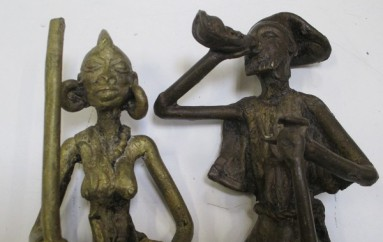 deux statuettes en bronze