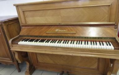 piano bois clair